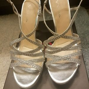 Touch of Nina (Nina Ricci) silver bling heels
